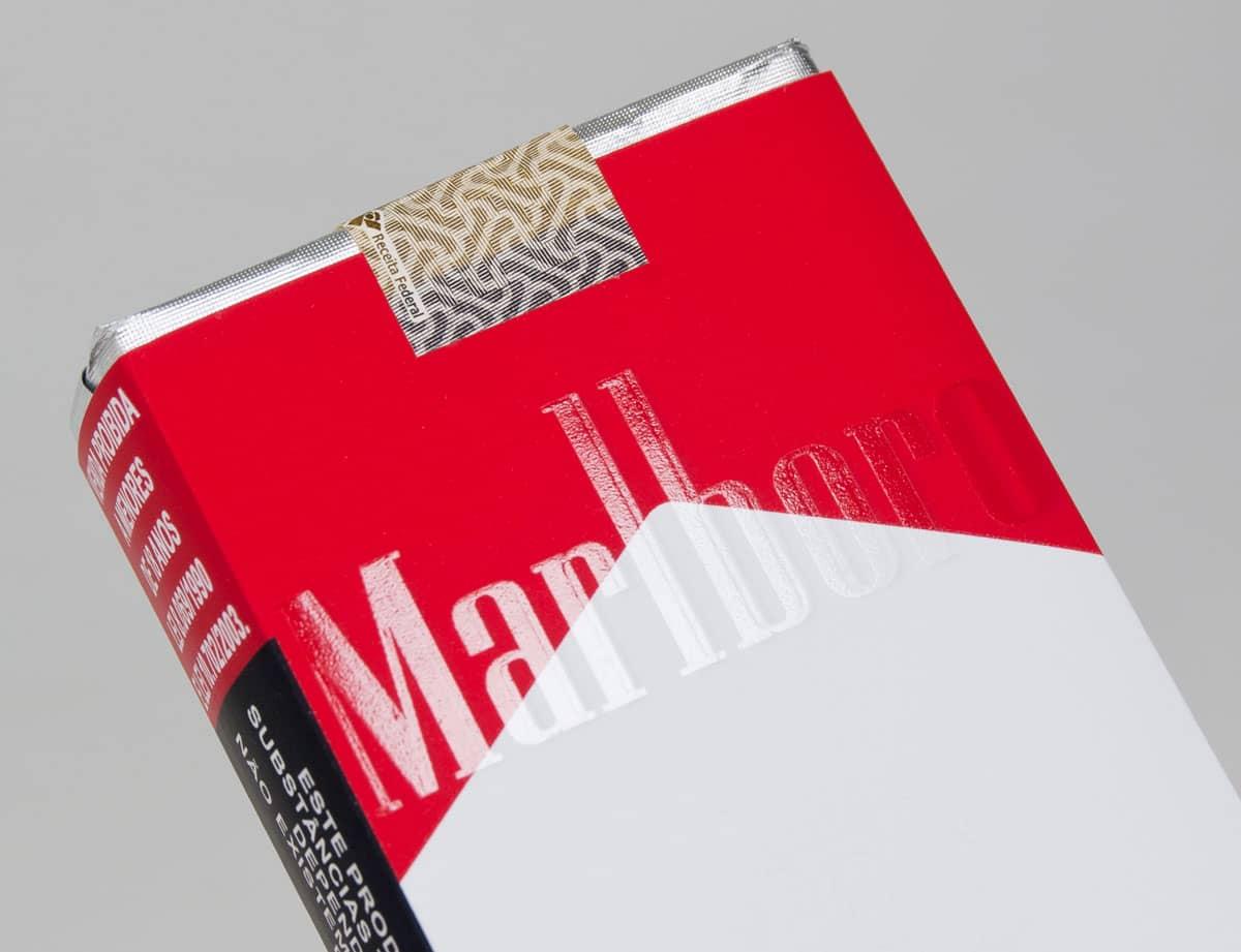 Philip Morris, fabricante do Marlboro, anuncia que vai parar de vender cigarros