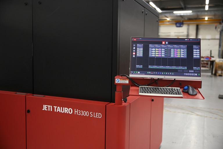 Agfa apresenta novo modelo de impressoras digitais Jeti Tauro