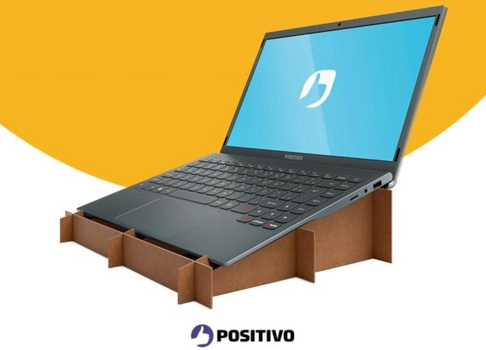 Positivo cria embalagem que se transforma em suporte para notebook