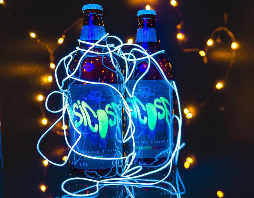 Psicose, da Way Beer, tem rótulo que brilha no escuro
