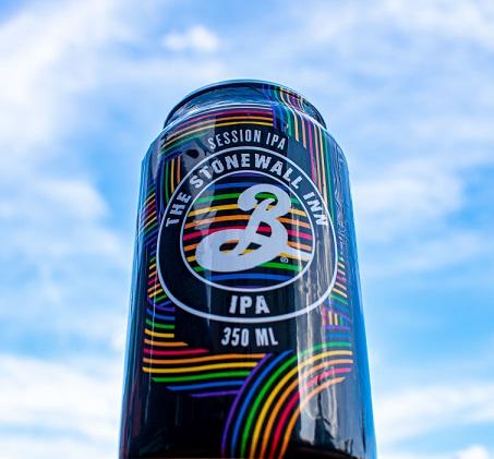 The Brooklyn Brewery traz ao Brasil cerveja que celebra a luta pelos direitos LGBTI+